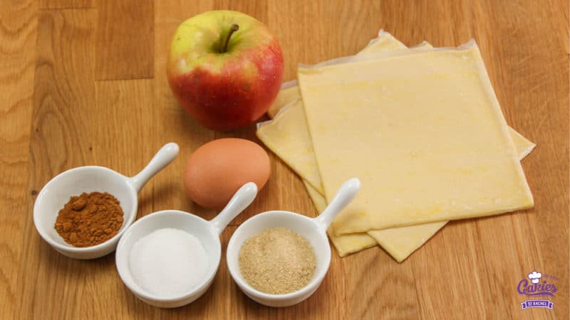 Appelflappen Recept | Een makkelijk appelflap recept. Maak deze appelflappen van te voren en warm ze op of eet ze koud. De lekkerste appelflappen maak je zelf! | http://www.cakies.nl | Stap 01