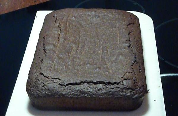 Brownies Recept voor Bere-slechte maar zo lekkere brownies | Een heerlijk en super makkelijk Brownies recept. Deze brownies zijn een hit op elk feestje. Onder vrienden is dit mijn meest gevraagde brownies recept :). | http://www.cakies.nl | Stap 24