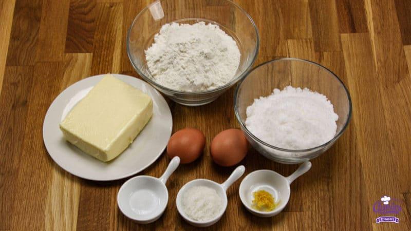 Boterkoek Recept | Boterkoek is smeuïg met een knapperig randje. Boterkoek is makkelijk zelf te maken. Bak vandaag nog zelf deze lekkere boterkoek. | https://www.cakies.nl | Stap 01