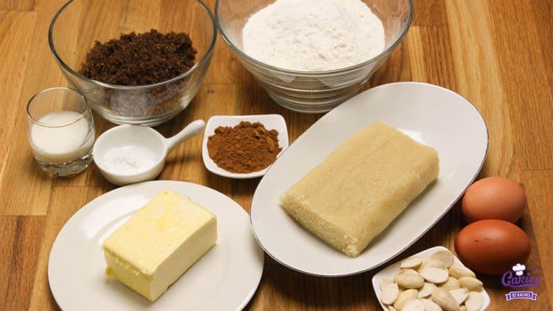 Gevulde Speculaas Recept | Gevulde Speculaas is super lekker en heel makkelijk om zelf te maken. Heerlijke speculaas met een zachte amandelspijs vulling. | http://www.cakies.nl | Stap 01