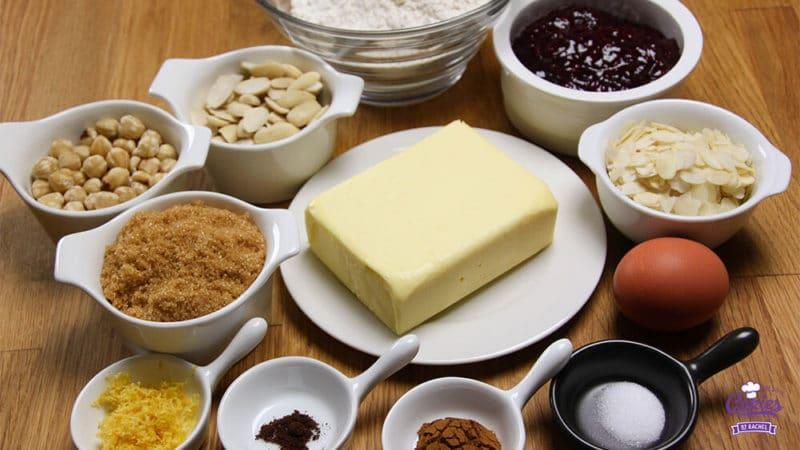 Oostenrijkse Linzer Torte Recept | Linzer Torte is schijnbaar de oudste taart ter wereld. Een klassieke Oostenrijkse taart gemaakt van een kruimelig deeg met aalbessen vulling. | http://www.cakies.nl | Stap 01