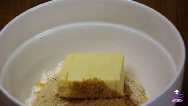 Oostenrijkse Linzer Torte Recept | Linzer Torte is schijnbaar de oudste taart ter wereld. Een klassieke Oostenrijkse taart gemaakt van een kruimelig deeg met aalbessen vulling. | http://www.cakies.nl | Stap 12