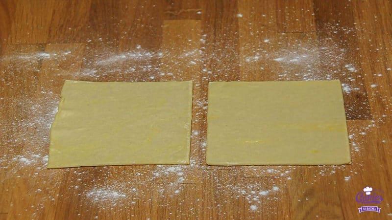Kaasstengels Recept | Kaasstengels zijn echt super makkelijk om zelf te maken. Deze knapperige kaasstengels zijn een hit op elk feestje. Een lekkere snack. | Stap 03