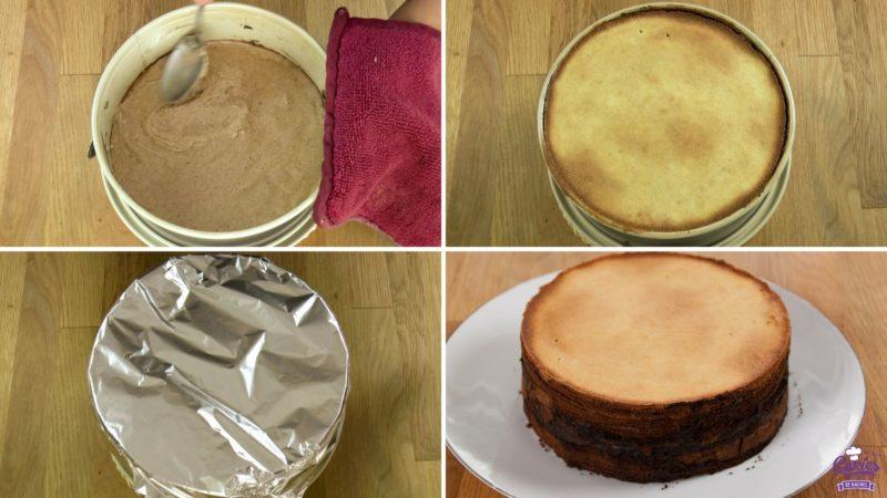 Spekkoek: Laagje cakebeslag in springform. Springvorm gevuld met laagjes beslag. Springvorm afgedekt met aluminium folie. Cake uit springvorm.