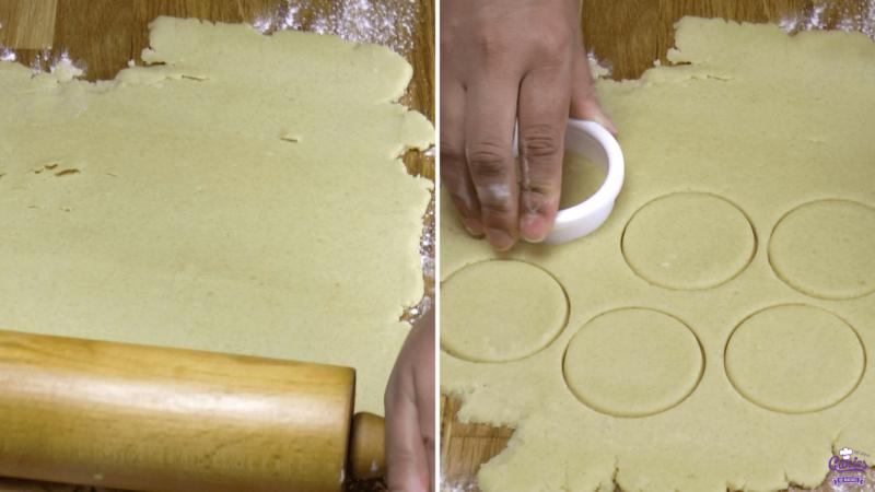 Suikerkoekjes Recept | Suikerkoekjes zijn super makkelijk om zelf te maken. Maak je eigen suikerkoekjes met dit recept. Je kan deze koekjes versieren of gewoon zo opeten. | http://www.cakies.nl | Stap 04