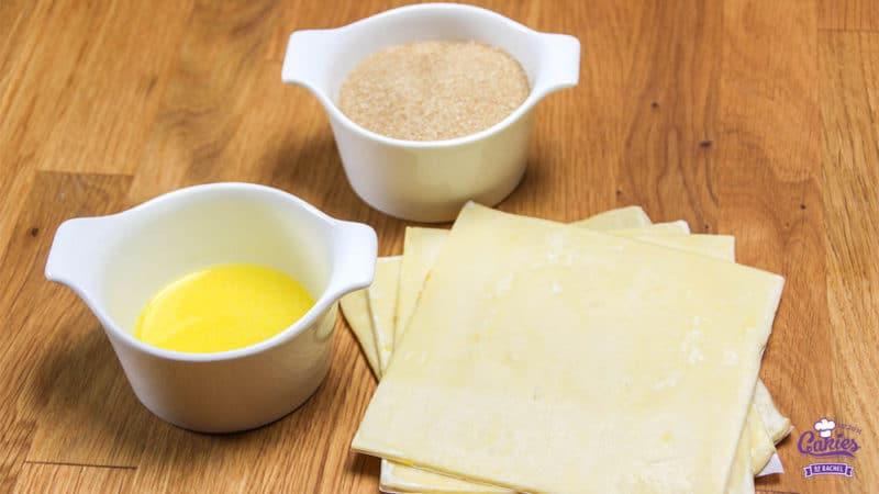 Suikervlinders Recept | Suikervlinders zijn een knapperig, zoet Frans koekje, ook wel Palmier genoemd. Met 3 ingrediënten kan je zelf deze heerlijke suikervlinder koekjes maken. | http://www.cakies.nl | Stap 01