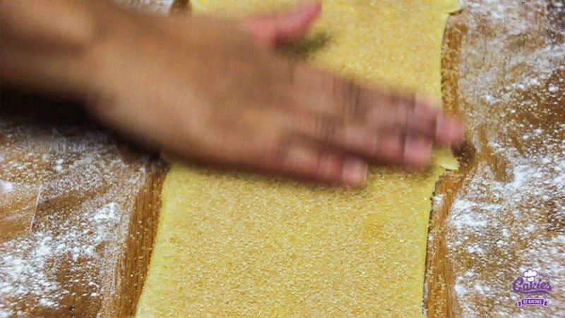 Suikervlinders Recept | Suikervlinders zijn een knapperig, zoet Frans koekje, ook wel Palmier genoemd. Met 3 ingrediënten kan je zelf deze heerlijke suikervlinder koekjes maken. | http://www.cakies.nl | Stap 06